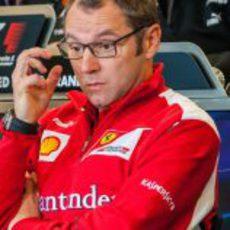 Stefano Domenicali y sus gafas