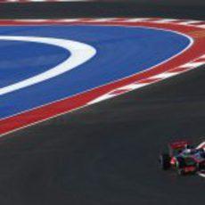 Jenson Button estrena el Circuito de las Américas