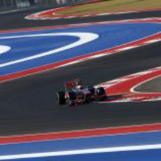 Lewis Hamilton tuvo buen ritmo en los primeros libres de Austin
