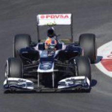 Bruno Senna negocia una curva en Austin