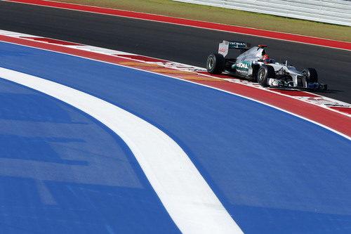 Michael Schumacher saldrá quinto en la carrera de Estados Unidos