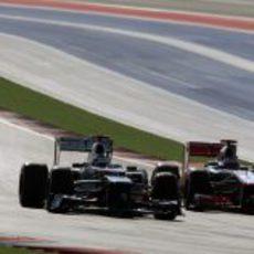 Kamui Kobayashi y Jenson Button en Austin