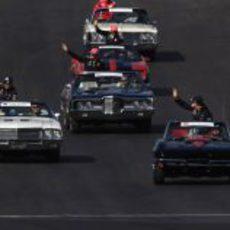 Vettel, Webber, Button y Hamilton en el 'drivers parade' de Texas