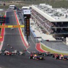 Primera curva del GP de Estados Unidos 2012