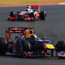 Vettel perseguido por Hamilton en Austin