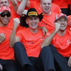 McLaren celebra la victoria de Lewis Hamilton en Estados Unidos 2012