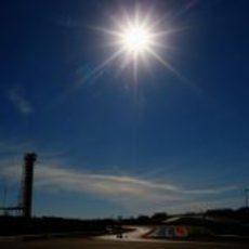 El sol luce sobre el Circuito de las Américas