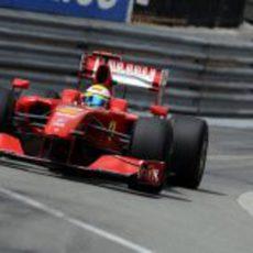 Massa rueda en Mónaco