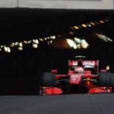 Raikkonen sale del túnel