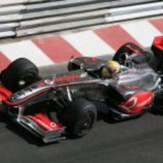 Hamilton en su McLaren