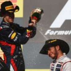 Vettel moja a Hamilton en el podio de Austin