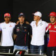 Massa, Hamilton, Vettel, Schumacher, Alonso y Senna en la rueda de prensa de la FIA el jueves en Interlagos