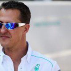 Michael Schumacher llega al circuito de Interlagos
