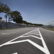 Entrada de boxes del circuito de Interlagos