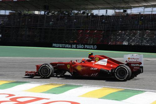 Felipe Massa mostró buen ritmo en los primeros libres del GP de Brasil 2012