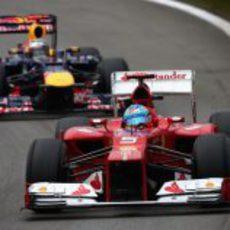 Alonso y Vettel juntos en los libres 3 de Interlagos