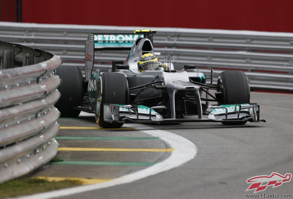 Nico Rosberg con su Mercedes W03 en Interlagos 2012