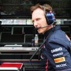 Christian Horner en el muro del equipo Red Bull en Interlagos