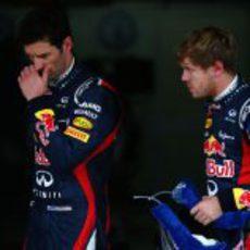 Mark Webber y Sebastian Vettel tras la sesión de clasificación