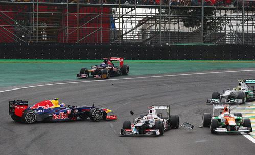 Un Red Bull y un Toro Rosso con problemas en Brasil 2012