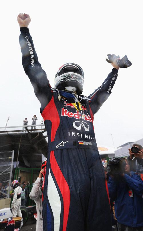 Sebastian Vettel sale campeón de Interlagos