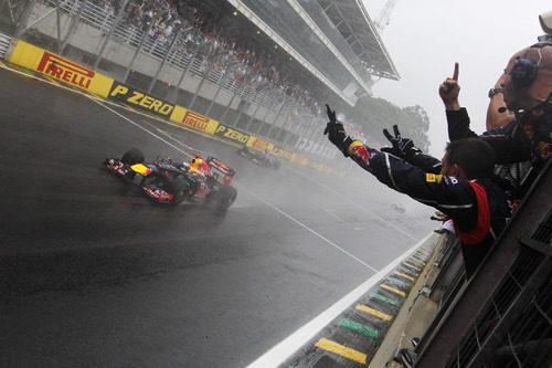 Vettel cruza la meta sexto en Brasil y gana el Mundial 2012