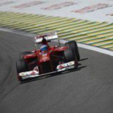 Fernando Alonso clasificó octavo en Brasil