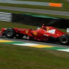 Fernando Alonso fue más competitivo con el compuesto duro en la clasificación