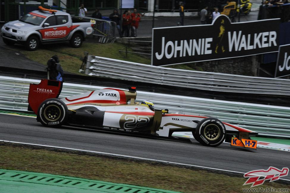 Pedro de la Rosa cruzó la línea de meta en 17ª posición en Brasil