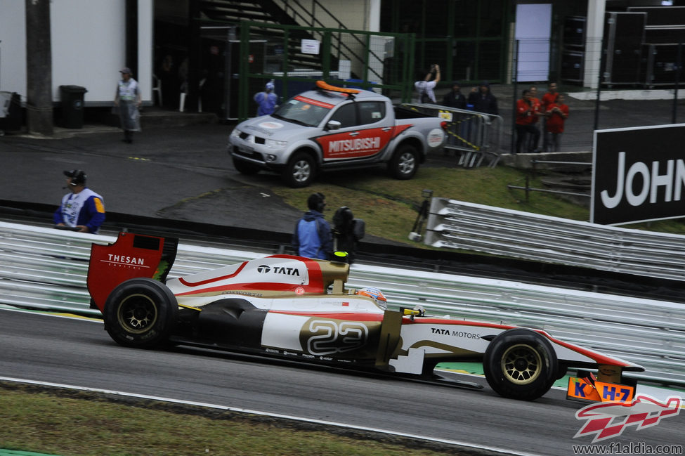 Narain Karthikeyan logró terminar el GP de Brasil 2012