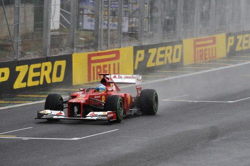Fernando ALonso cruzó la meta en Interlagos siendo segundo