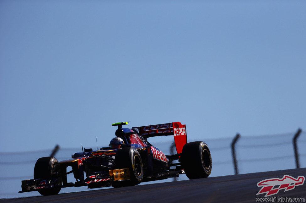 Jean-Eric Vergne no terminó la carrera de Austin por un problema con la suspensión