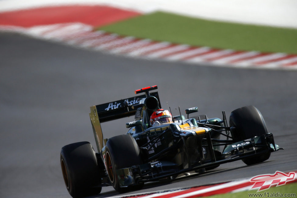 Heikki Kovalainen superó a los dos Marussia en Austin