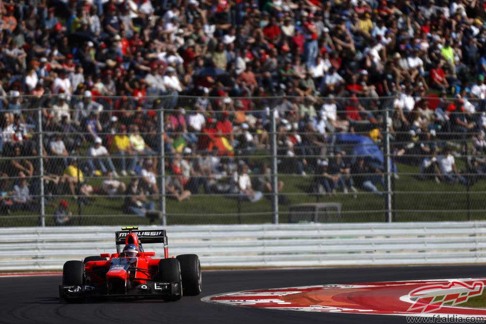 Charles Pic progresa durante la carrera estadounidense