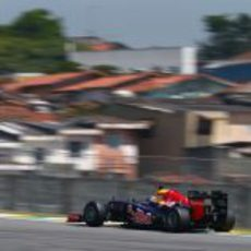 Sebastian Vettel comienza el fin de semana en Brasil