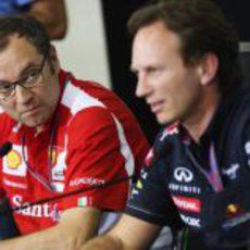 Domenicali y Horner en la rueda de prensa de la FIA en Interlagos