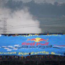 Gran bandera de Red Bull en Brasil 2012