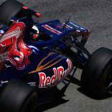 Daniel Ricciardo cumple el programa de Toro Rosso en Brasil