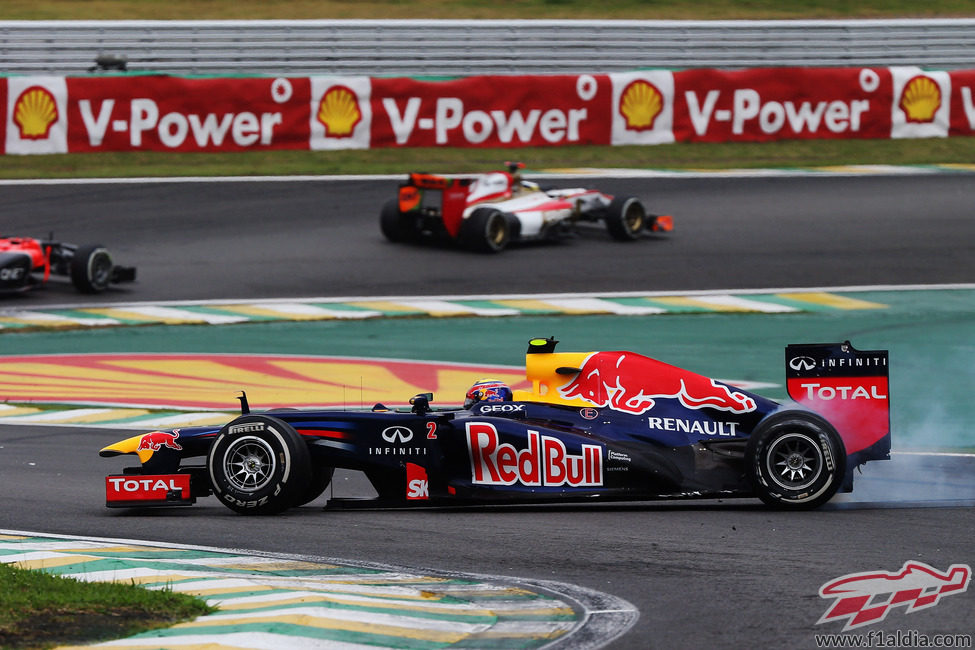 Trompo de Mark Webber en la carrera de Interlagos