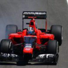 Timo Glock se pasa de frenada en el circuito de Interlagos