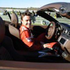 Fernando Alonso al volante de uno de los bólidos de Ferrari en Valencia