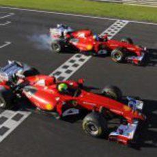 Alonso y Massa cruzan la meta de Cheste a los mandos del F60