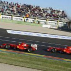 Massa y Alonso rodaron en Cheste con el F60