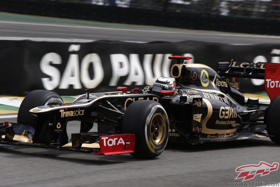 Kimi Räikkönen completa los Libres 3 del GP de Brasil 2012