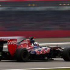 Daniel Ricciardo terminó 16º la clasificación en Brasil