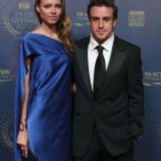 Dasha Kapustina y Fernando Alonso en la Gala de la FIA 2012