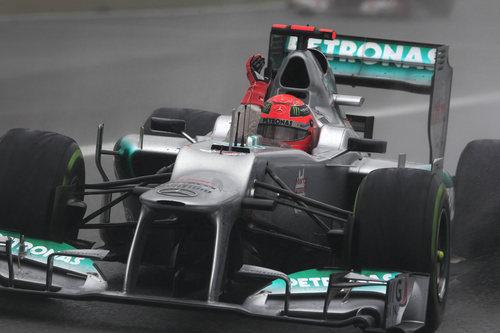 Michael Schumacher terminó la temporada con un séptimo puesto en Brasil