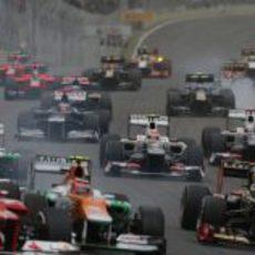 Los dos Sauber realizan la salida del GP de Brasil 2012