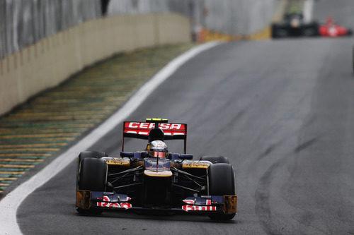 Jean-Eric Vergne completa una vuelta más en el GP de Brasil 2012