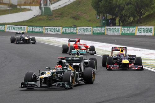 Heikki Kovalainen se aparta para ser doblado en Brasil